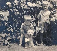"""1920s: Charles Brodhead and Dick Brown with """"Pete"""""""
