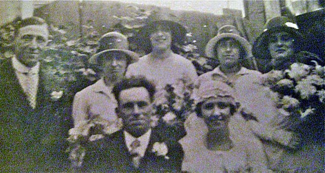 Dorothy Hope Wills wedding to Frederick Warren, circa 1920