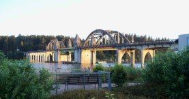 Siuslaw River bridge at Florence, Oregon