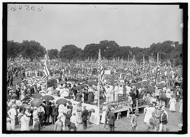 FOURTH OF JULY. GENERAL VIEW OF CROWD ON ELLIPSE FOR EXERCISES, 1919, Harris & Ewing Photographer - Library of Congress - No known restrictions on publication