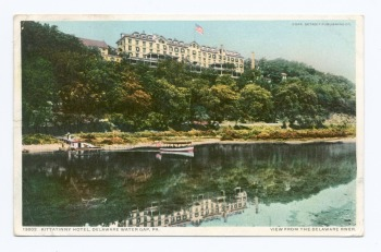 Kittatinny Hotel, Delaware Water Gap, published by Detroit Publishing Company, 1898 (NYPL collections) - Wikimedia Commons