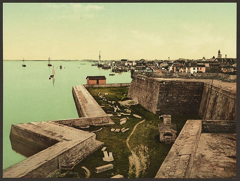 Fort Marion, St. Augustine and harbor, Detroit Publishing Company, 1898 (Library of Congress image LCCN2008678231 - No known restrictions on publication)